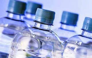 Τι νερό πίνουμε; Νερό από φίλτρο ή εμφιαλωμένο;